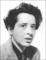 Hannah Arendt, auteur entre autre de Les Origines du totalitarisme (1951), Condition de l'homme moderne (1958) et La Crise de la culture (1961)