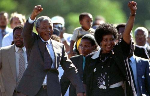 La libération de Nelson Mandela le 11 Février 1990 consacrant la fin de l'apartheid